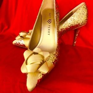 Katy Perry gold glitter holiday bow pumps